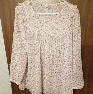 Floral Gap long sleeve blouse
